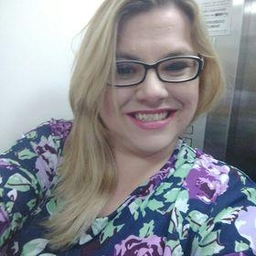 Larissa Camargo (larissapausini) no Pinterest 1ca454d80f