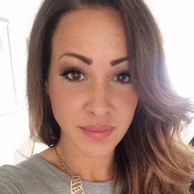 Selena Lelles