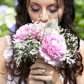 Liah Roebuck Bridal