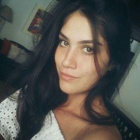 Camila Ezaki