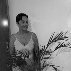Izabel Cruz