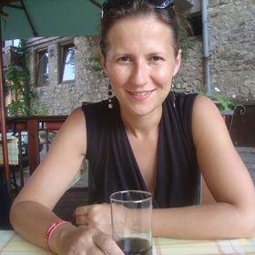 Kati Zelkó