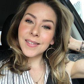 Maris Malone Calderón