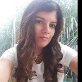 Viviana R
