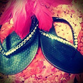 95f34a650cadd Francesca s Fancy Flops (fancyflopsbling) on Pinterest