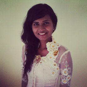 Tia Kalyani