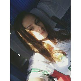 Bruna Dourado