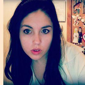 Cassandra Theis
