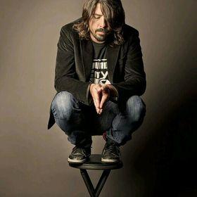 Grohl/Frusciante love.
