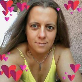 Mónika Halmos