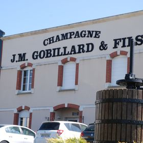 Champagne JM Gobillard et fils
