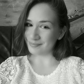 Rebeka Árva