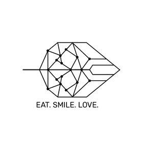 EAT. SMILE. LOVE.