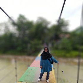 Ersa Masruroh