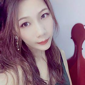 Davina Hwang
