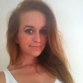Laura Lázár
