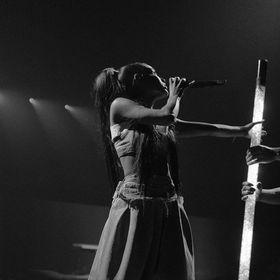 Rebecca.Ariana