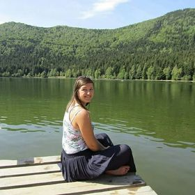 Adina Leon
