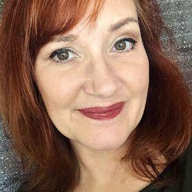 Deanna Leach