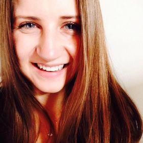 Nicolé Aimee Smith