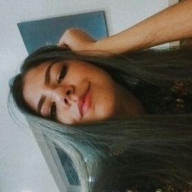 Gabriela Souza