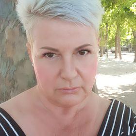 Anna Voros
