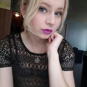 Erika Kozar