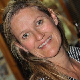 Cindy Dutton Scott