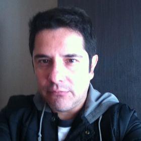 Víctor Constantino  Ruiz