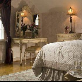 Colonial Gardens Bed & Breakfast