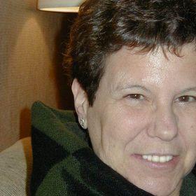Roslyn Castellano
