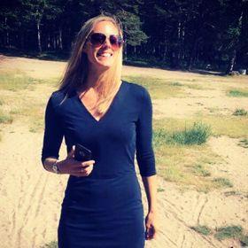 Sanna Holmstrand