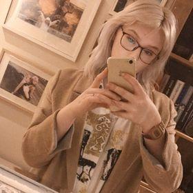 Lauren Emily