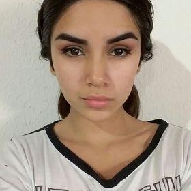 Juliana Carrizo