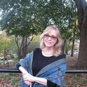 Linda Mahkovec - author