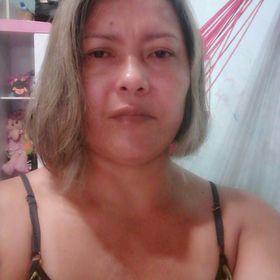 Vania Queiroz