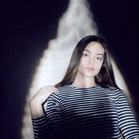 Violett Szófia Magda
