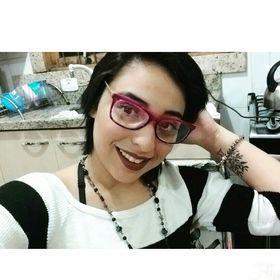 Julia Vieira
