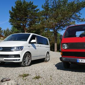 GENUINE VW VOLKSWAGEN 2 TONE REAR VIEW MIRROR FITS VW T5 T6 TRANSPORTER CAMPER