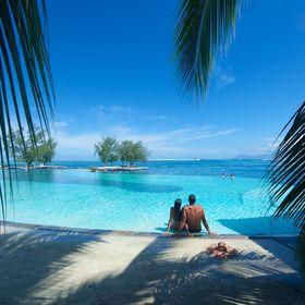 Destination Wedding + Honeymoon Expert  | The Travel Mechanic