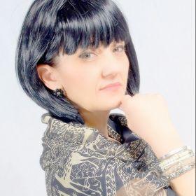 Luana Li