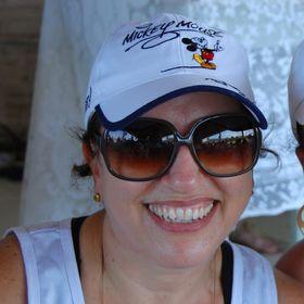Helaine Baasch de Souza