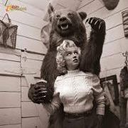 Marilyn and the Bear