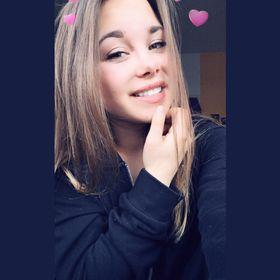 Alexandra Bánk
