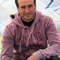 Денис Догадов