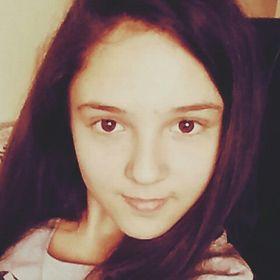Ella Jakaab