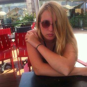 Lize Megan Lewis