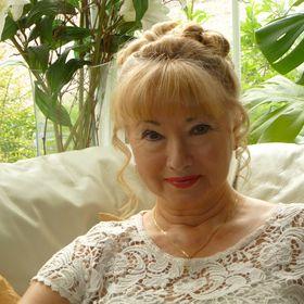 Julia Ibbotson, author