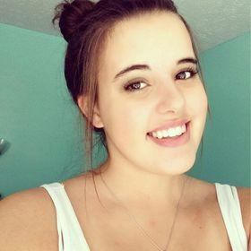 Lauren Valdes