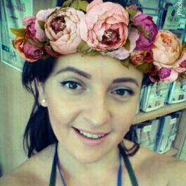 LuciaSarah